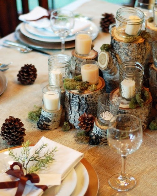 Traditional Collection Vintage Christmas idea : Unique Rustic Christmas Table Setting Votive White Candles On Small Stumps High And Low Moss Pine Cones Decoration As Center Piece