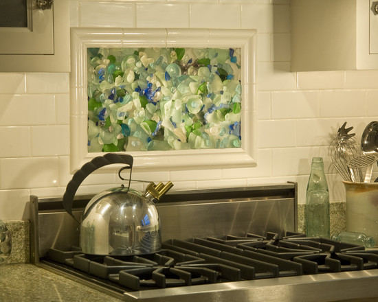 Terrific Beach Glass Backsplash: Very Cool Sea Glass Backsplash At Traditional Kitchen With Beach Glass Mosaic Over Stove