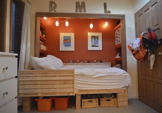 Cool Ways To Decorate A Room : Wood Bed With The Clothes Place United To Chamber Wall Added By The Goods Repository Under It