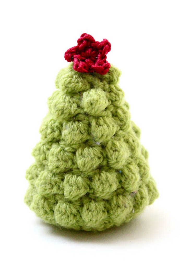 Crocheted Decorations For Your Christmas Tree : Beautiful Light Green Christmas Tree Crochet With Red Star Knit On Top Of Crocheted Tree Holiday Decoration
