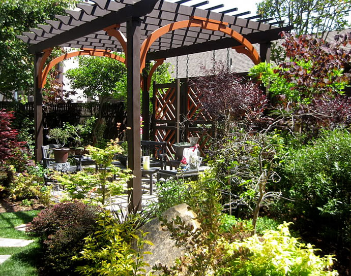 Various Beautiful Peaceful Pergola Design Ideas : Charming Surrounding Plant Garden Pergola Design