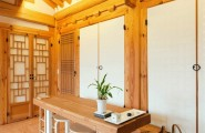 All Kind Of Interesting Dining Table Design Ideas : Cool Japanese Style Wooden Room With Simple Wooden Dining Table Design With Wooden Bench