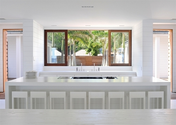 Extravagant Caribbean Villa Which Full Of Refreshment: All White Kitchen Design