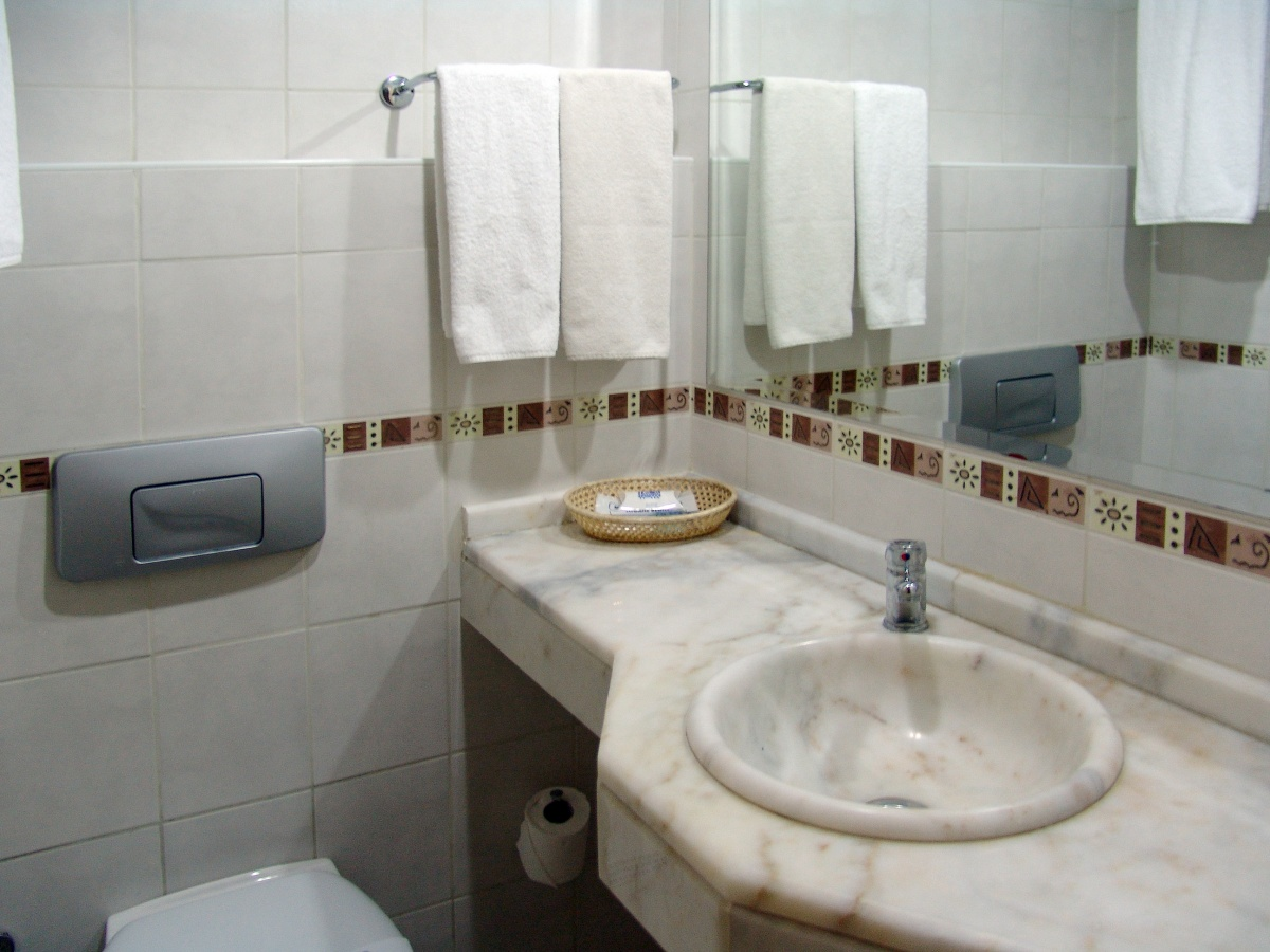 Beautiful Small Bathrooms For Small Houses : Amazing Layout Small Toilet