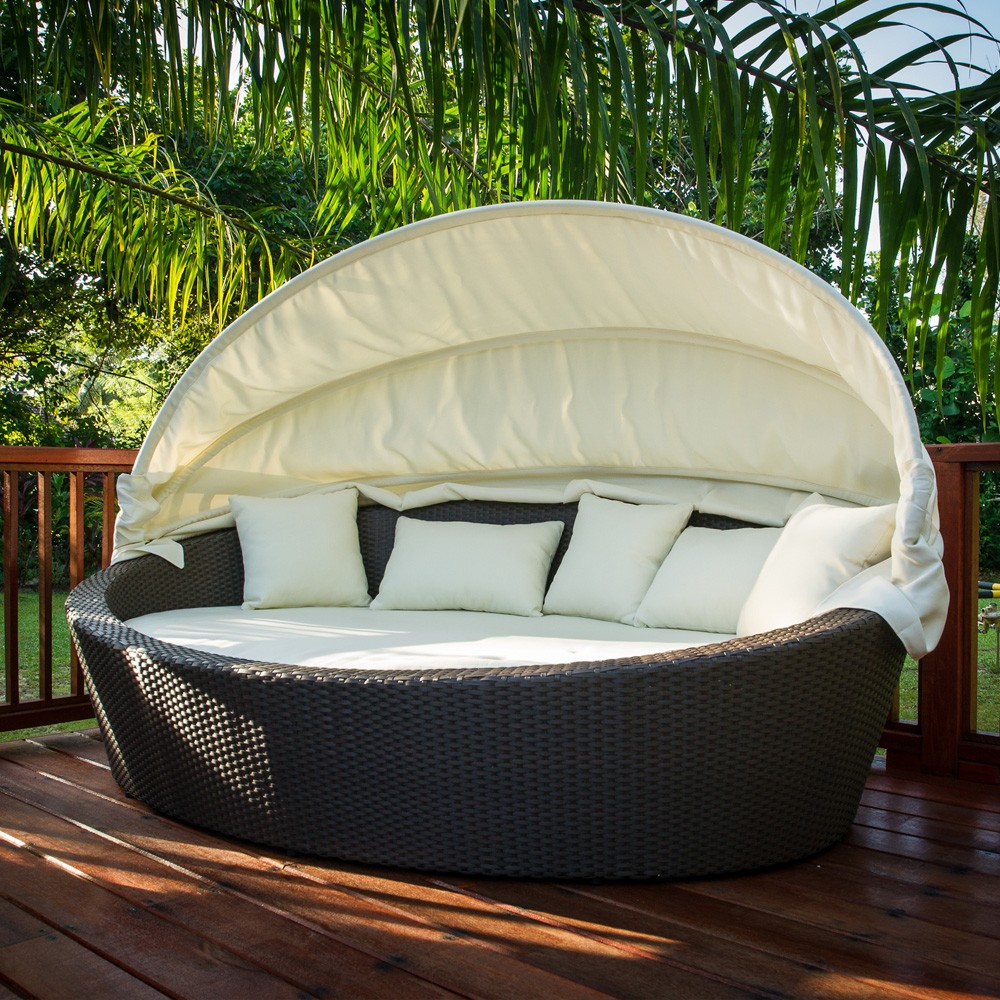 Wicker Daybed For A Guest Room: Antibes Wicker Lounge Daybed Outdoor