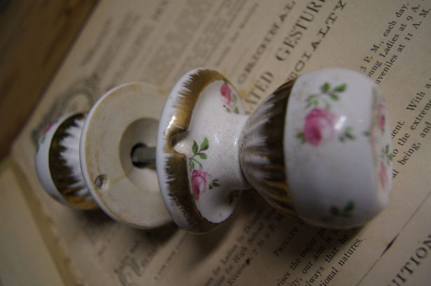 Tips & Ideas: Shabby Chic Door Knobs For Your True Uniqueness, What ...