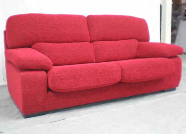 Modern Sofas For More Comfortable Living Room : Astonishing Red Sofas Baratos Modern Artistic Design Ideas