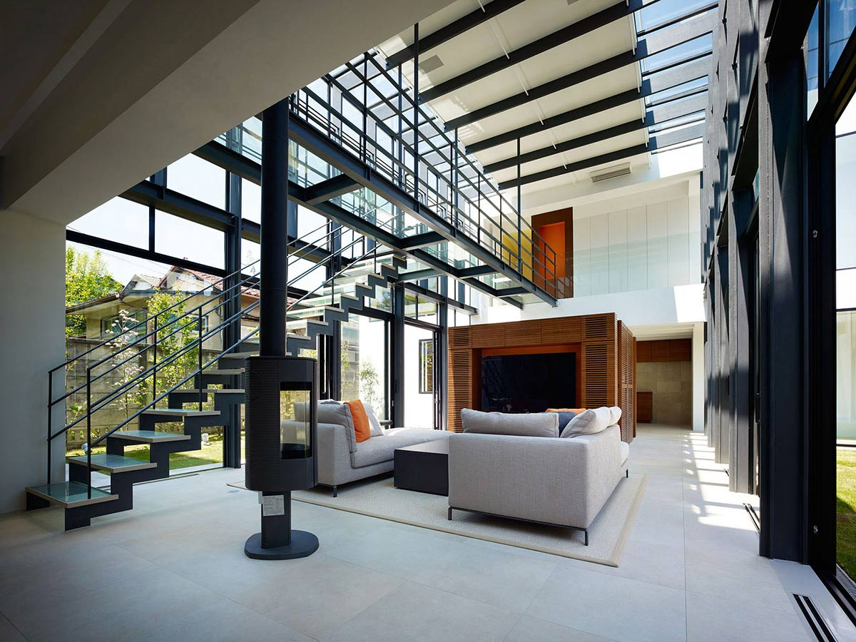 Bright Contemporary Home Theme : Awesome Bright Contemporary Home Interior Modern Fireplace Floating Staircase
