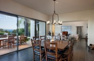 Wonderful Bay Residence Interior Using Luxurious Interior With Traditional And Modern Elements : Awesome Wooden Table And Chairs At Buena Vista Drive