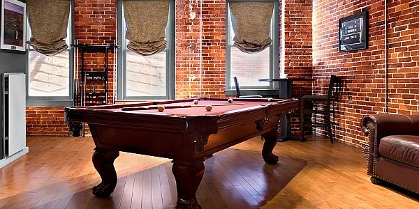 Cool Bachelor Pad Decorating To Maintain Great Inspiration : Bachelor Pad Pool