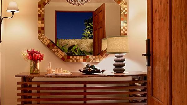 Luxurious Mukul Resort And Spas In Nicaragua: 15 Amazing Pictures : Beautiful Bedroom Mirror
