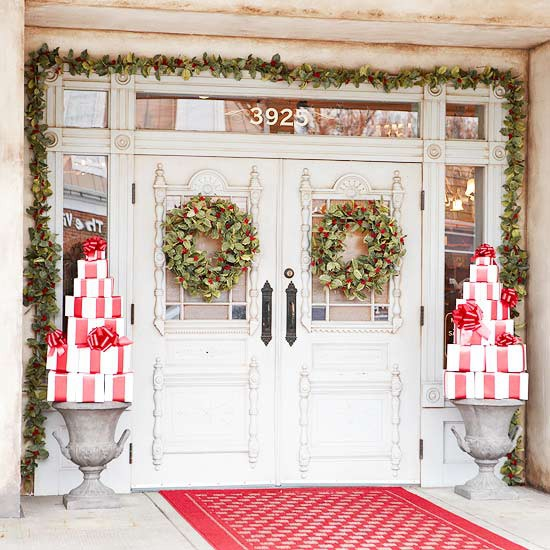 Inspirational Nice Christmas Decoration For Outdoor So Sparkling: Beautiful Christmas Decoration At Entry With Wreath Ornament On White Door ~ stevenwardhair.com Design & Decorating Inspiration