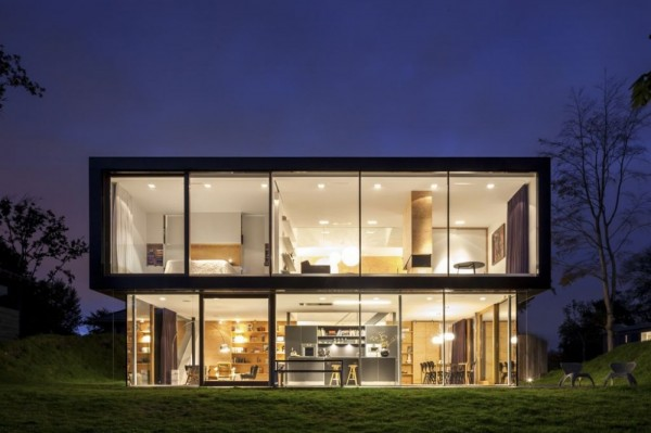 Gorgeous Villa V With Unique Contemporary Design For Modern Living: Beautiful Lighting Villa V By Paul De Ruiter At Night