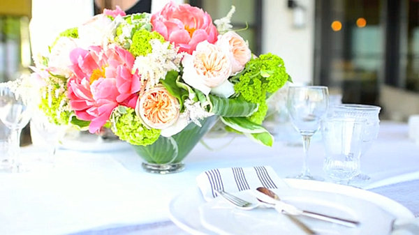 Bright Spring Party: 20 Lively Ideas : Beautiful Party Floral Centerpiece