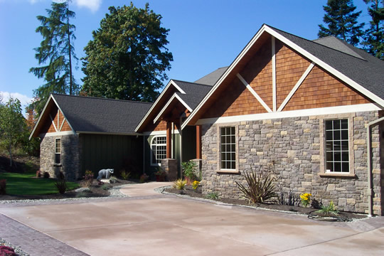 Strengthen Your Exterior Design With Natural Rock Siding For Houses: Beauty Of Stone Can Enrich Home Value