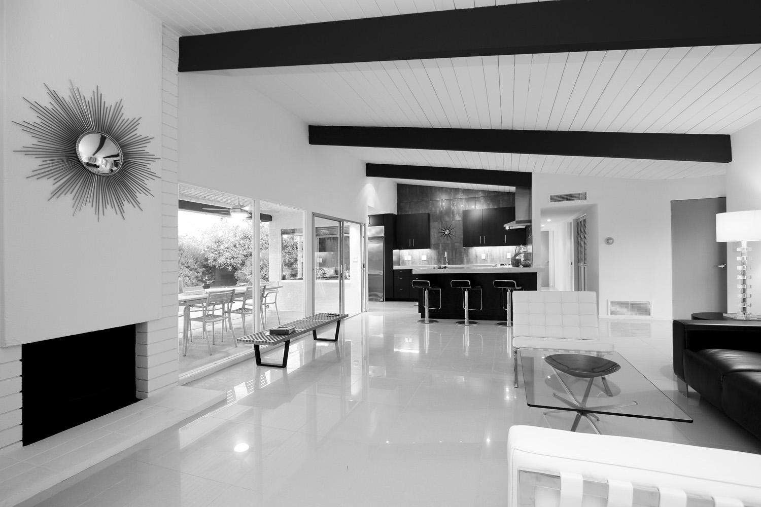 Attractive Home Designs For A Huge House: Black And White Spanish Home Design