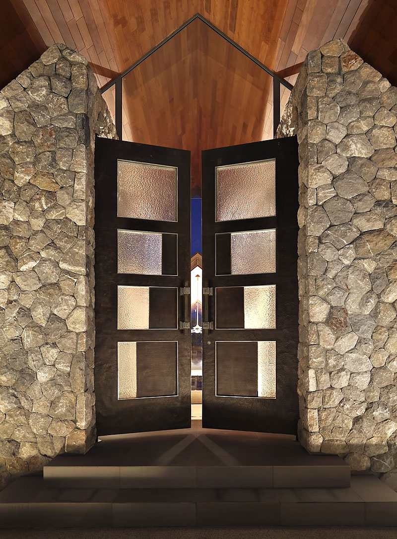 Fantastic Contemporary Villa Design Offers Classy Facilities: Black Entrance With Glazed Ornament In Stone Wall