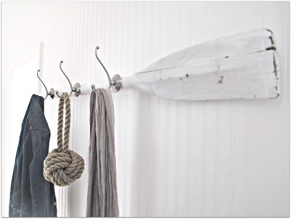 Great Nautical Decoration Design Comes With The Amazing Appearance: Boat Oar Coat Rack DIY