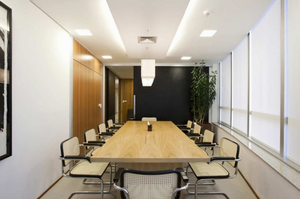 Brazilian Modern Office Interior Design With Long Table