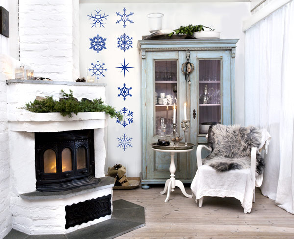 Christmas Decor Idea: Living Room And Dining Room: Bright Reading Nook Decor With Christmas Decals And Classic Fireplace Deisgn