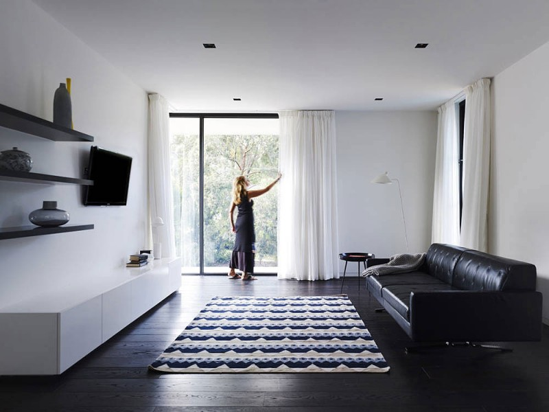 Stunning Modern Home Interior With Black And White: Bright White Space Completed With Black Sofa