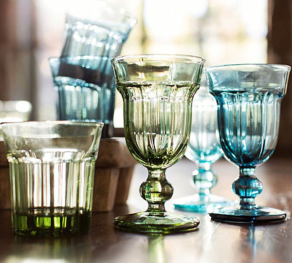 Easter Furnishing For Welcoming Prettiness Of The Spring: 21 Striking Images: Cafe Glassware