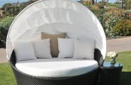 Wicker Daybed For A Guest Room : Caluco Maxime All Weather Wicker Dayned