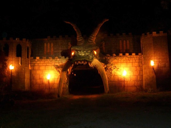Halloween Light Effect Idea For The Halloween Event : Castle Brightly Lit Outside With Dark Monster Mouth Entrance