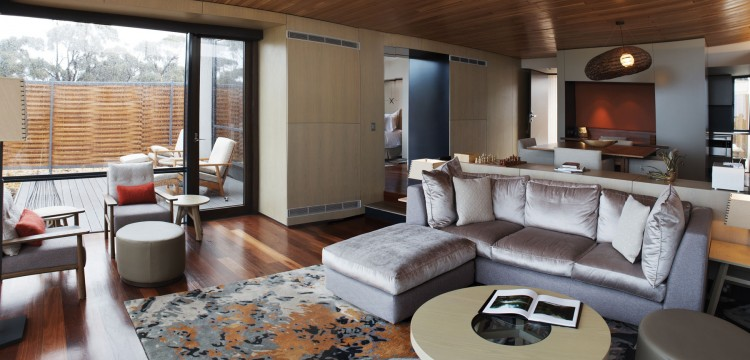 Fabulous Resort Design For Weekend Holiday: Chic Design Of Living Area With Sofa And Cool Rug In The Saffire Resort