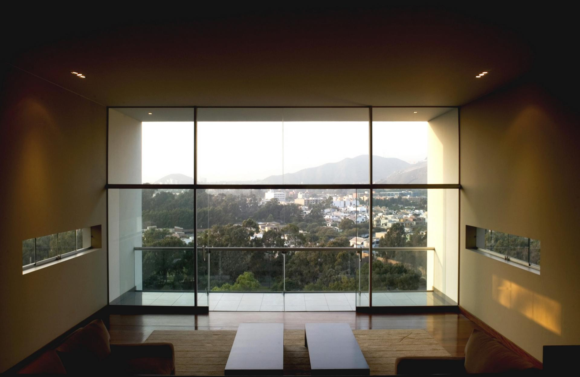 Luxurious Home Interior Design With Small Swimming Pool: City View Seen From Living Space Inside Through Glass Wall