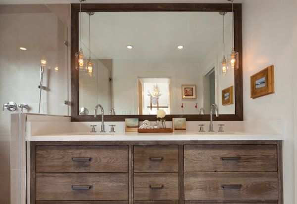 Bathroom Vanity; Personal Taste In Your Bath Room: Classic Bathroom Vanity With Stylish Pendant Lights Offer A Vintage Look