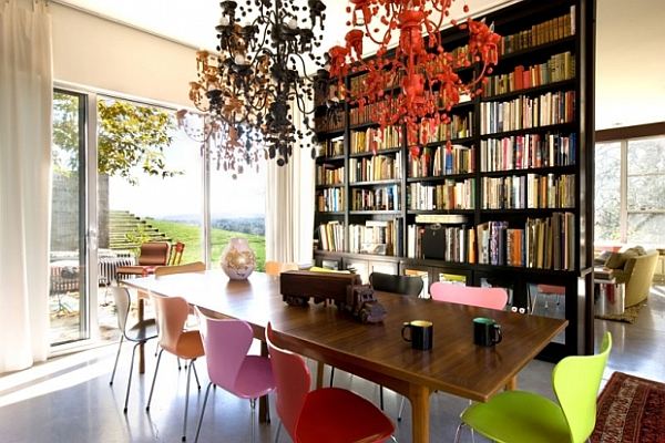 Fascinating Dining Room Decoration Offers Comfort Taste : Classic Dining Room Is Creative