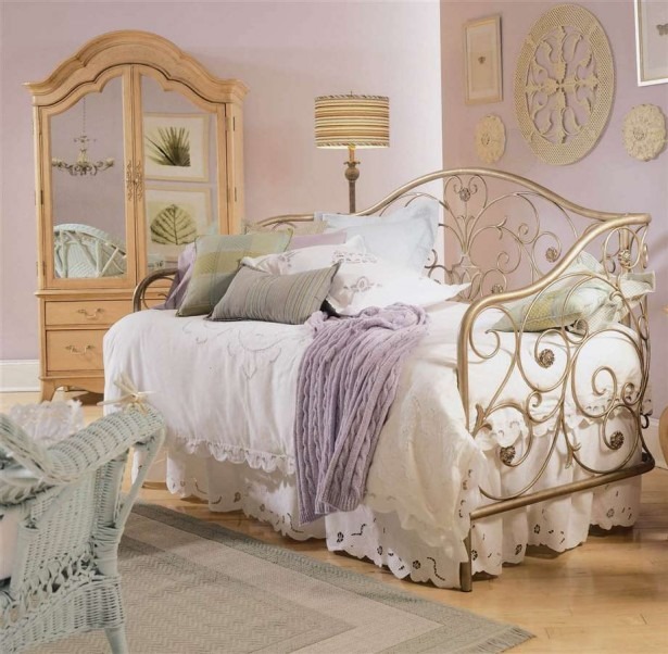 Vintage Bedroom Ideas For Small Rooms Part - 43: Classic Vintage Bedroom Ideas With Unique Bedding ...