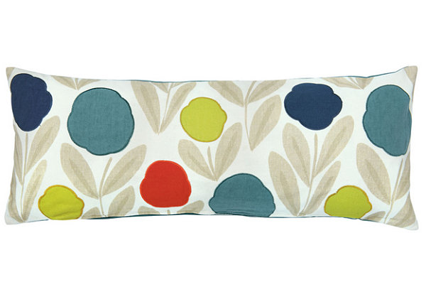 Fresh Throw Pillows For Your Powerful Spring: Coloful Floral Throw Pillow