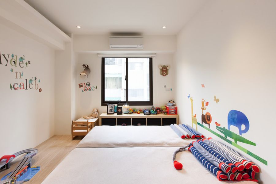 Fantastic Homey Contemporary Apartment Drive You Endure Staying There: Colorful And Contemporary Kids Room Idea