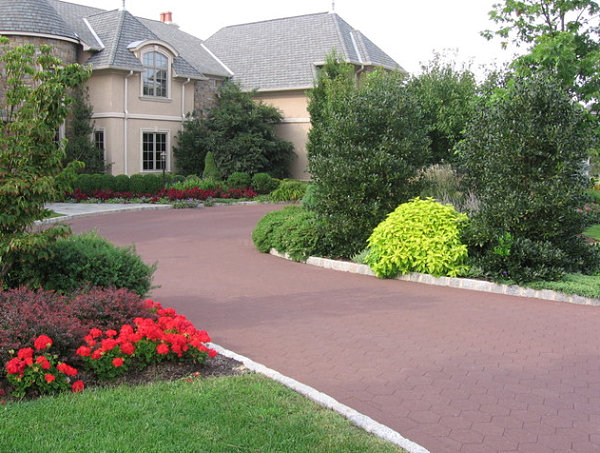 Stunning Front Yard Landscape To Beautify Your House: Colorful Driveway Landscaping