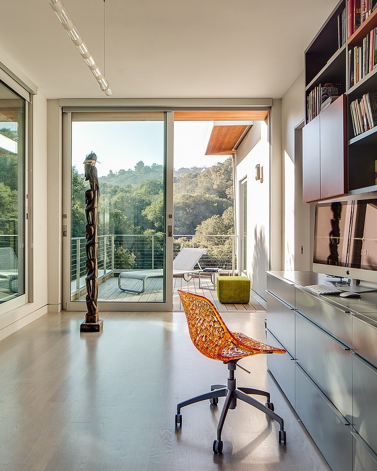 Stunning Inspirations For Home Renovation From Portola Valley House: Colorful Furnishings At The California Home