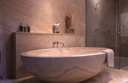 Japanese Bathroom Design: Traditional Touch In Modern Lifestyle : Compact Japanese Bath In A Single Flowing Tone