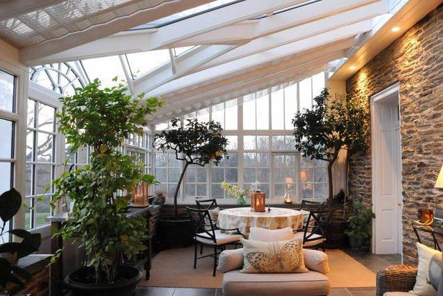 Enchanting Furniture Style To Furnish Sunroom Interior: Conservatory Design