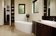 Trendy Freestanding Bathtubs Designs For Luxurious Bath : Contemporary Freestanding Bathtubs Come In A Wide Range Of Styles And Sizes For Elegant Bathroom Interior