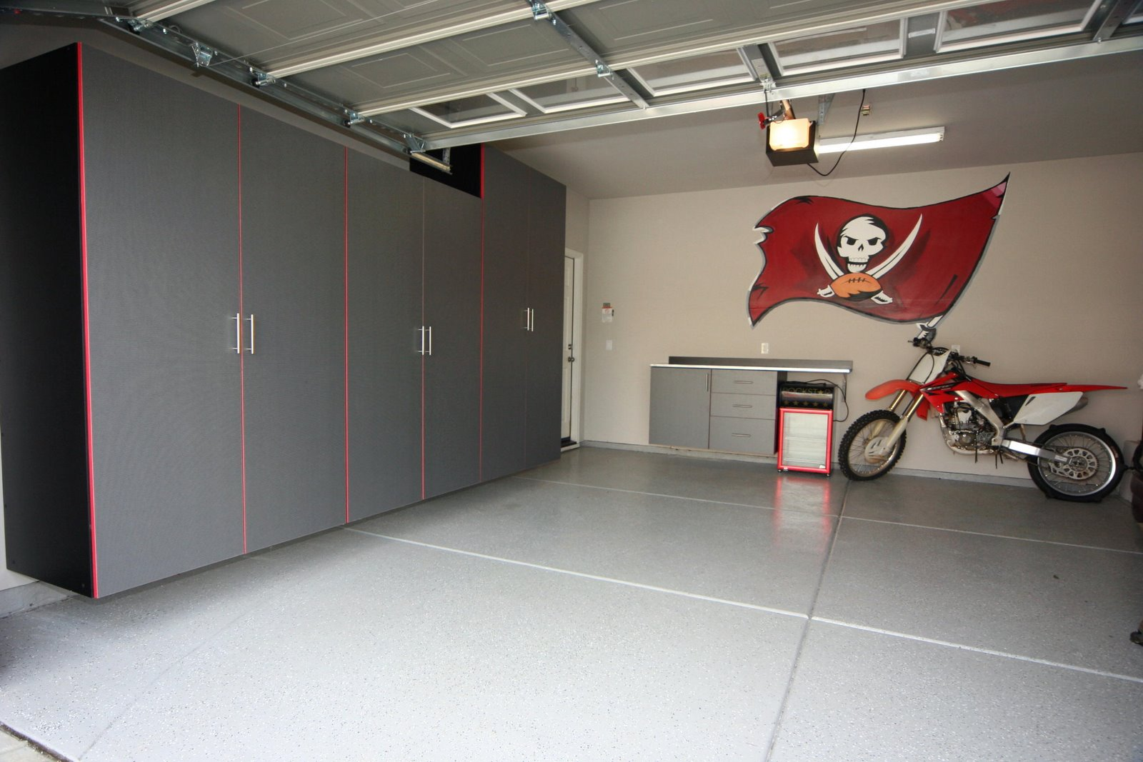 Best Garage Colors Design For Rustic Home Living : Cool Garage Colors Design Red Cross Cycle Pirates Logo
