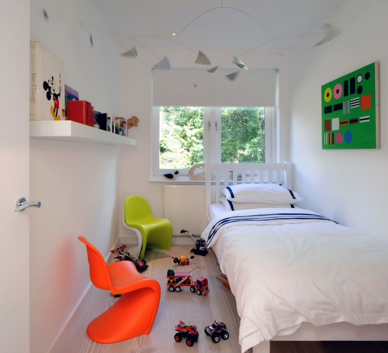 Nice White Interior For Clean And Cozy Look : Cool Modern Kids Room With Colorful Additions With Minimalist Decoration Ideas