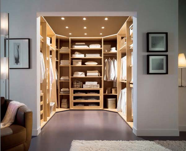Simple Tips In Planning Walk In Closet Design: Cool Walk In Closet For Utilizing Small Space Behind Living Room