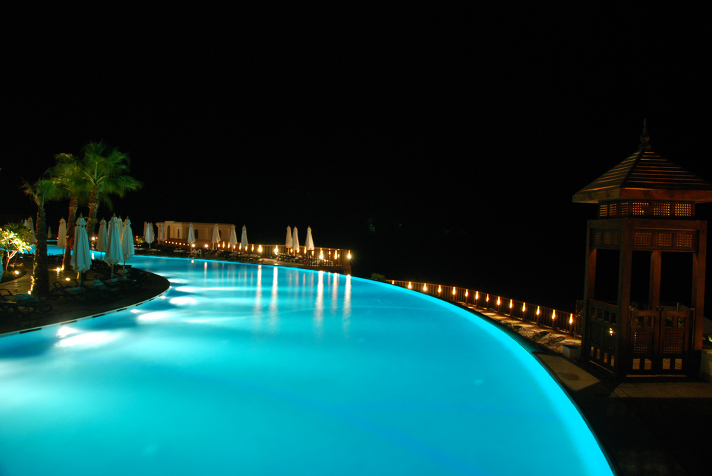 Coolest Infinity Pools, They Are Unusual: Coolest Infinity Pools