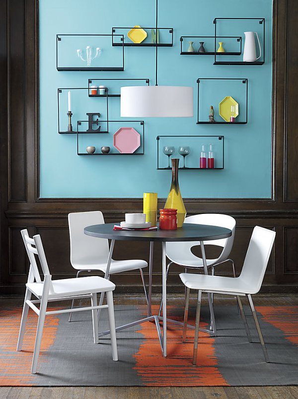 Mesmerizing Wall Decor: Dining Room Attraction : Cozy Futuristic Dining Room Decor With Round Dining Table