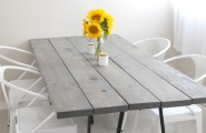 Brilliant Table Do It Yourself By Using The Old Things Around You : Cozy Industrial Dining Room With Hardwood Table And Sunflower