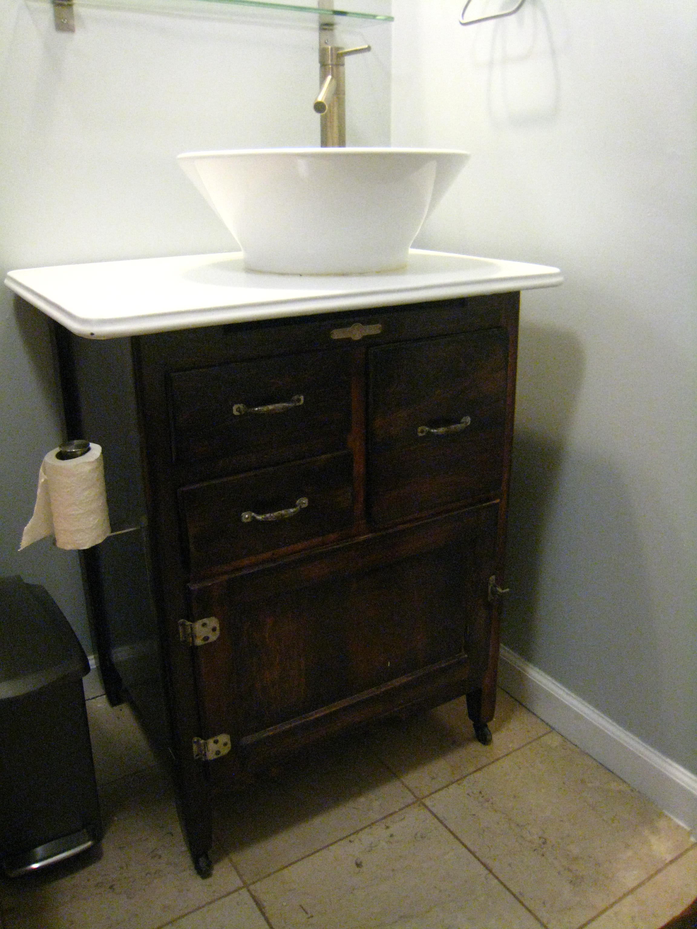 Bathroom Sink Cabinet Ideas: Creative Homemade Bath Vanity Bathroom Sink Cabinet Ideas