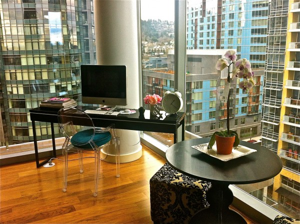 Fabulous Work Spaces Outside Views: Dazzling Work Space With Stunning Others Apartment Buildings View