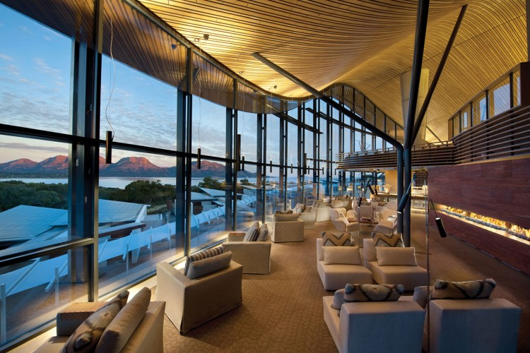 Fabulous Resort Design For Weekend Holiday: Deluxe Large Area In Living Design At Saffire Resort With Chairs And Pillows