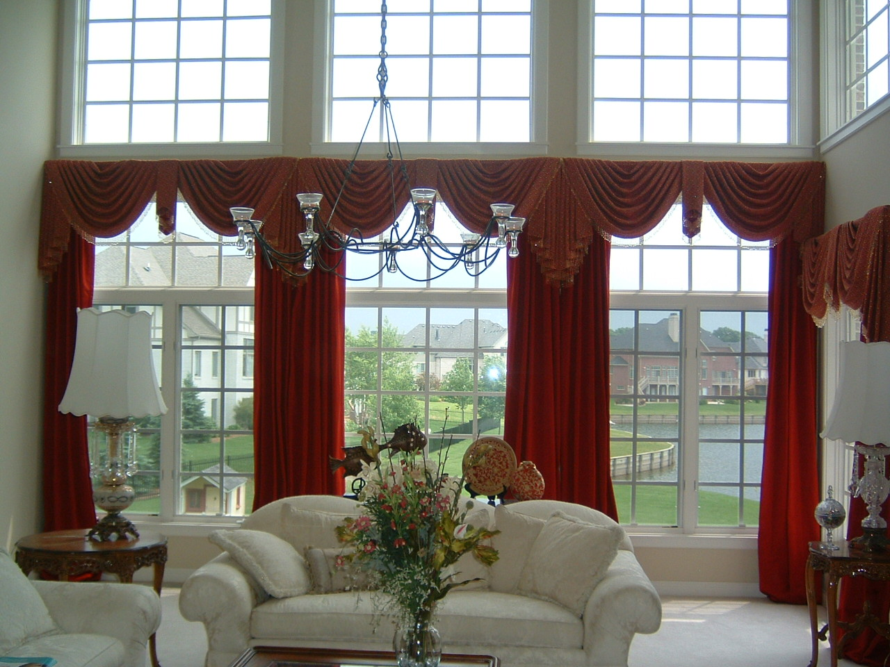 Lively Curtain Designs For Windows With Astounding Color Scheme : Design Of Curtains